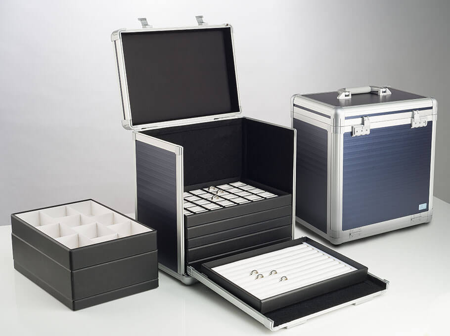 presentation cases and trays
